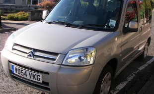 Citron Berlingo, front view