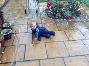 zoe-in-the-rain