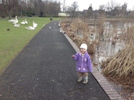 Zoe-at-the-park